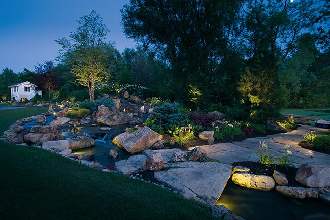 Outdoor landscape lighting Cleveland Ohio